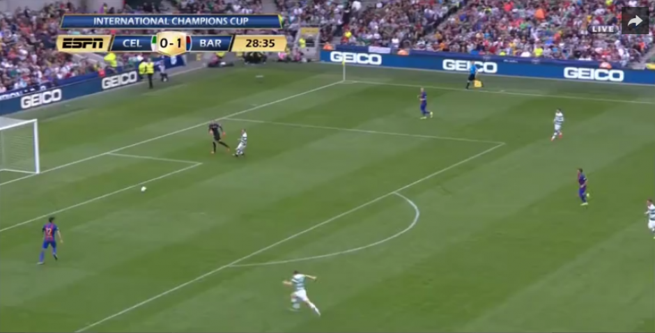 El control parecía fácil, pero lo hizo tan mal que terminó siendo gol. (Captura de Pantalla)