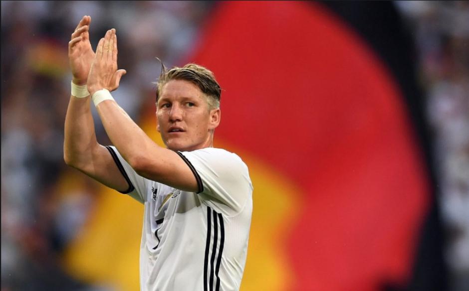 Acaba de jugar la Euro con Alemania, así que no es por un tema de lesión. (Foto: EFE)