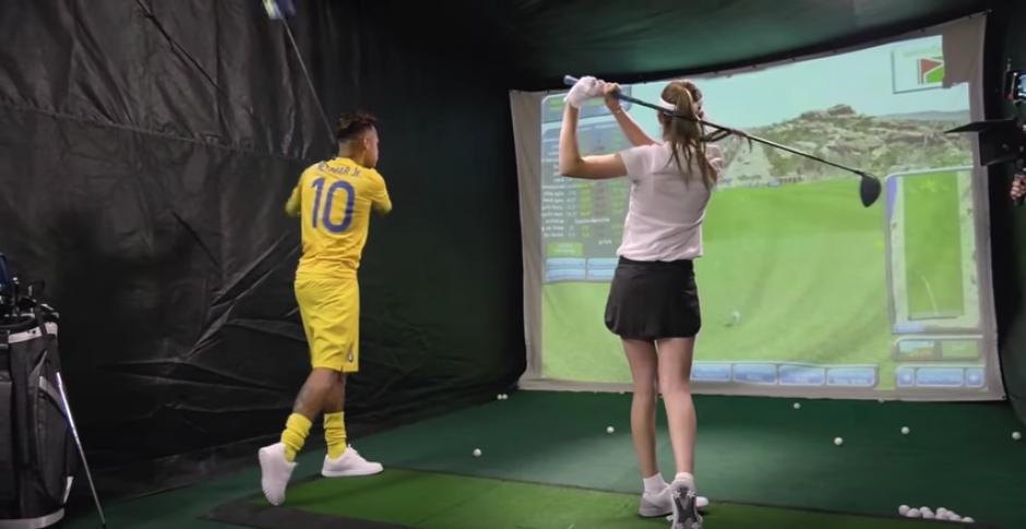 A Neymar no le fue demasiado bien jugando golf. (Captura de Pantalla)