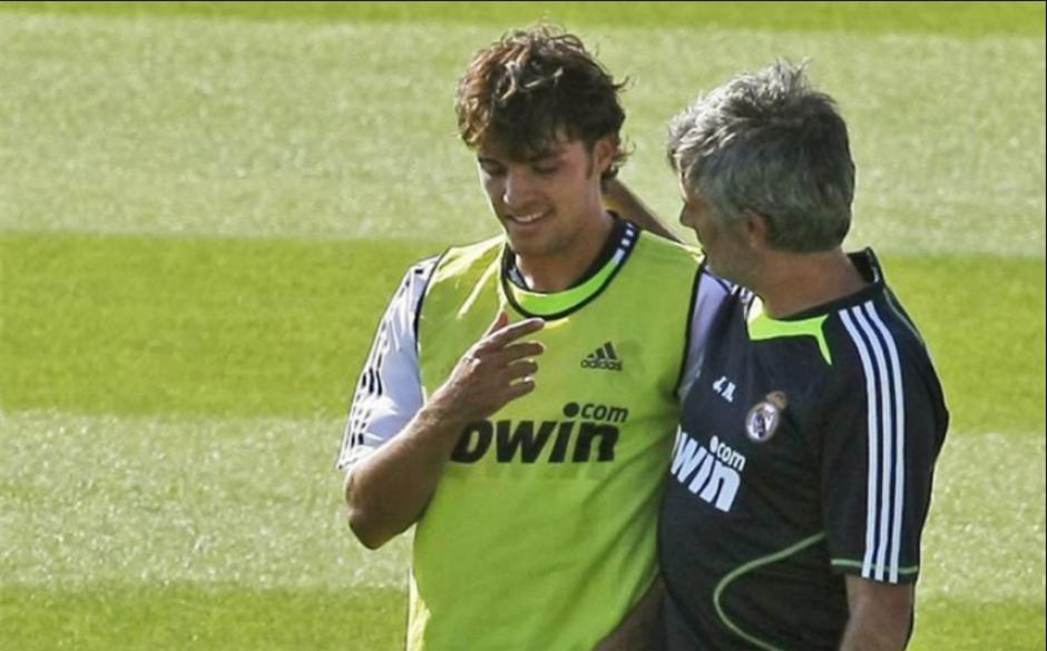 Del Madrid, también tuvo un desencuentro con Pedro León. (Foto: Marca)