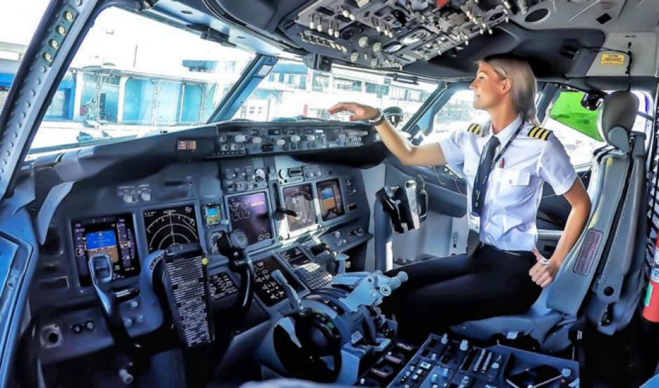 María lleva dos años piloteando aviones. (Foto: Instagram)