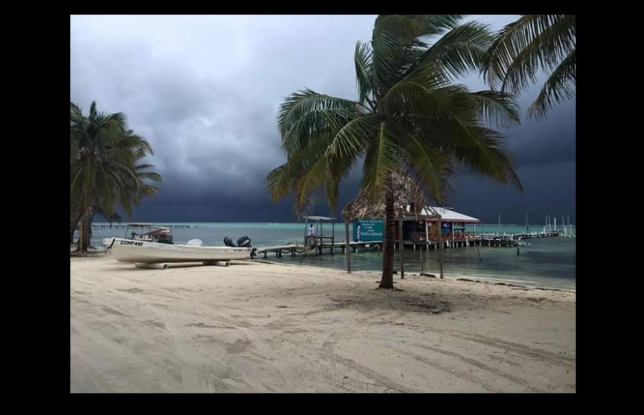 Las playas de Belice en horas de la tarde. (Foto: Twitter/@radioamericahn)