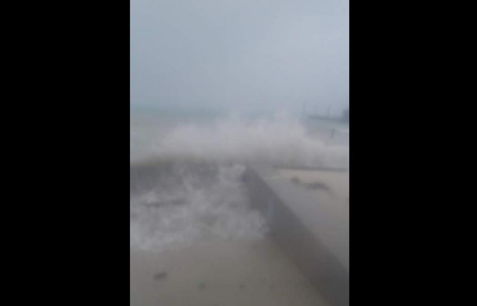 Así se observaba en la costa Caribe beliceña. (Foto: Twitter/@radioamericahn)