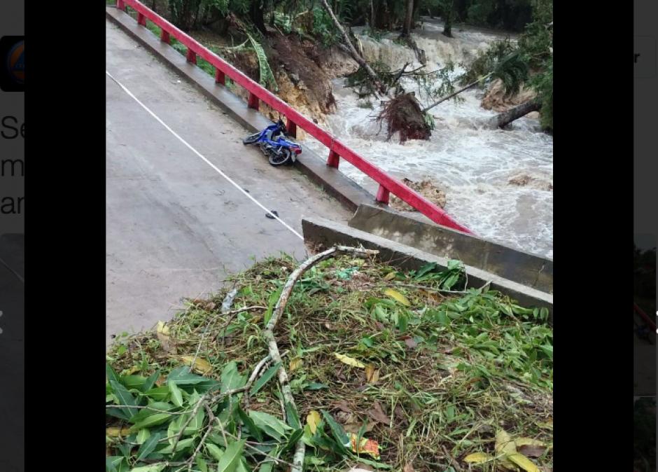 """Las fuertes lluvias provocadas por la tormenta tropical """"Earl"""" provocaron el daño. (Foto: Conred)"""