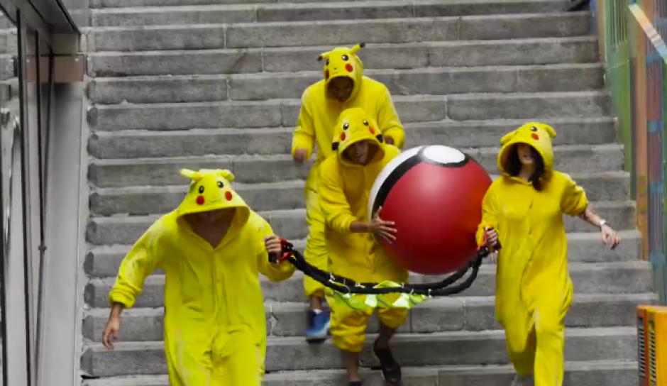 Varias personas vestidas como Pikachu han salido a las calles de Basilea buscando venganza. (Imagen: Captura de pantalla)