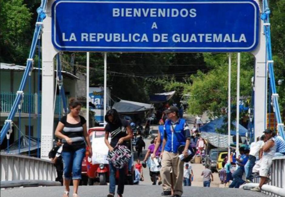 Los salvadoreños se movilizan a Guatemala por las fiestas. (Foto: Archivo/Soy502)