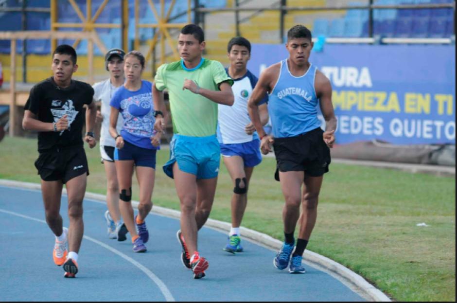 Durante la semana se entrena con el medallista olímpico. (Foto: Archivo/Soy502)