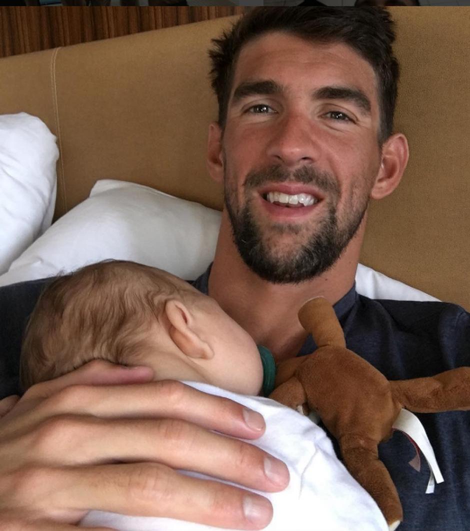Michael Phelps está más que encantado en su faceta de padre. (Foto: Instagram)