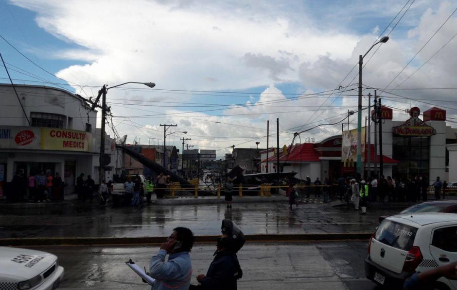 El tráfico se complicará en el lugar al menos cinco horas. (Foto: Facebook/WalloAlvarez)