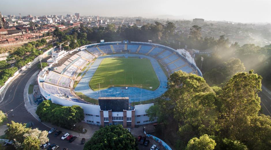 El estadio nacional Mateo Flores fue rebautizado con el nombre de Doroteo Guamuch Flores. (Foto: Archivo/Soy502)