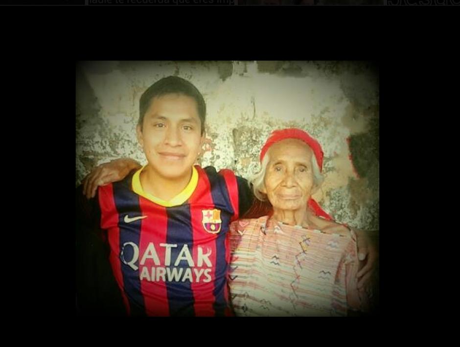 Comparte fotos en su Facebook con sus familiares. (Foto: Facebook/Aníbal Ramírez)