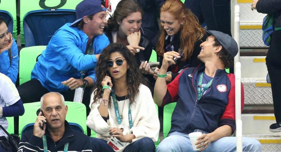 El actor se tomó las selfies con los amigos y familiares de un dirigente del Comité Olímpico Guatemalteco. (Foto: time.com)