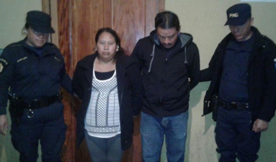 La pareja de religiosos fue capturada por la Policía. (Foto: PNC)
