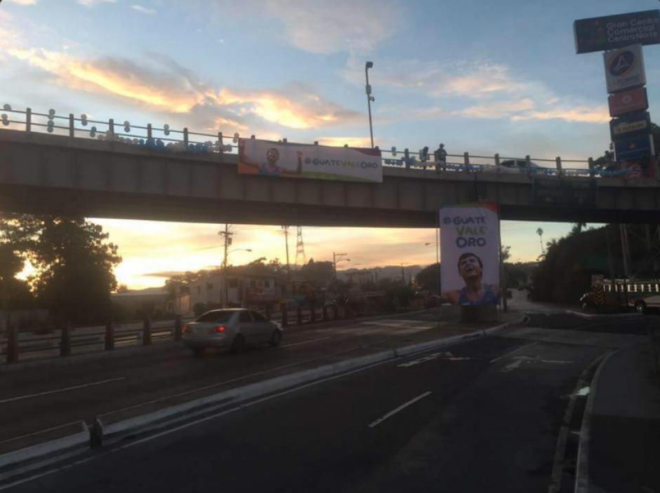 Así amaneció el lugar en apoyo al marchista. (Foto: Twitter/@RegenciaNorte)
