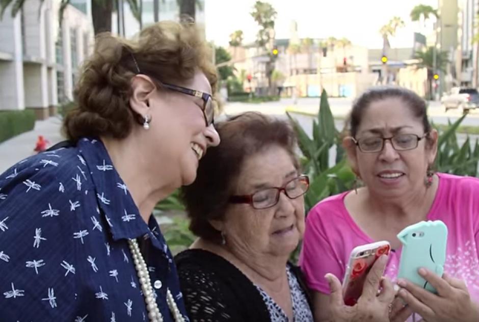 Las tres ancianas de origen latino jugaron por primera vez Pokémon GO. (Imagen: Captura de pantalla)