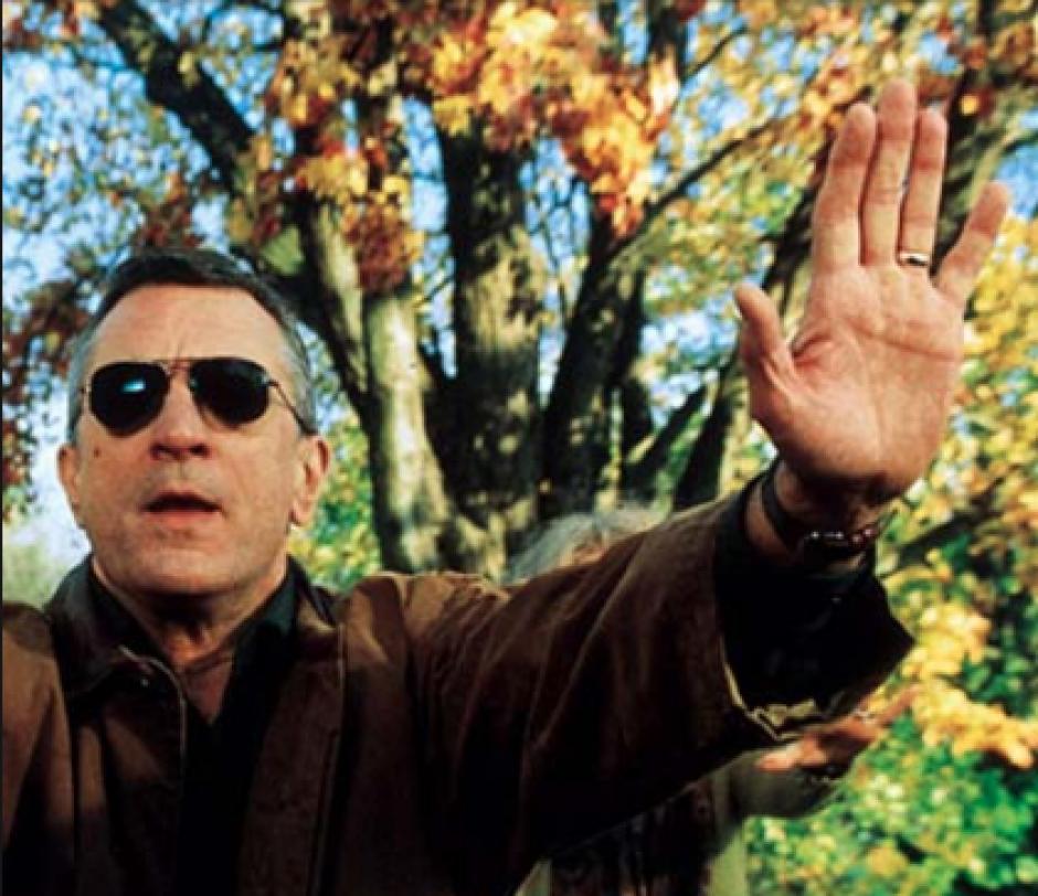El dos veces ganador del Óscar, Robert De Niro, ha demostrado en sus filme su predilección por el uso de la mano izquierda. (Foto: Hand Reseach)