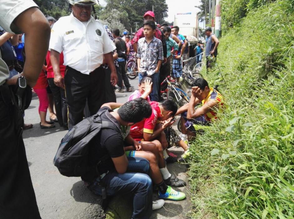 El incidente registrado en la ruta a El Salvador dejó un fallecido y un herido. (Foto: Twitter/@BVoluntariosGT)