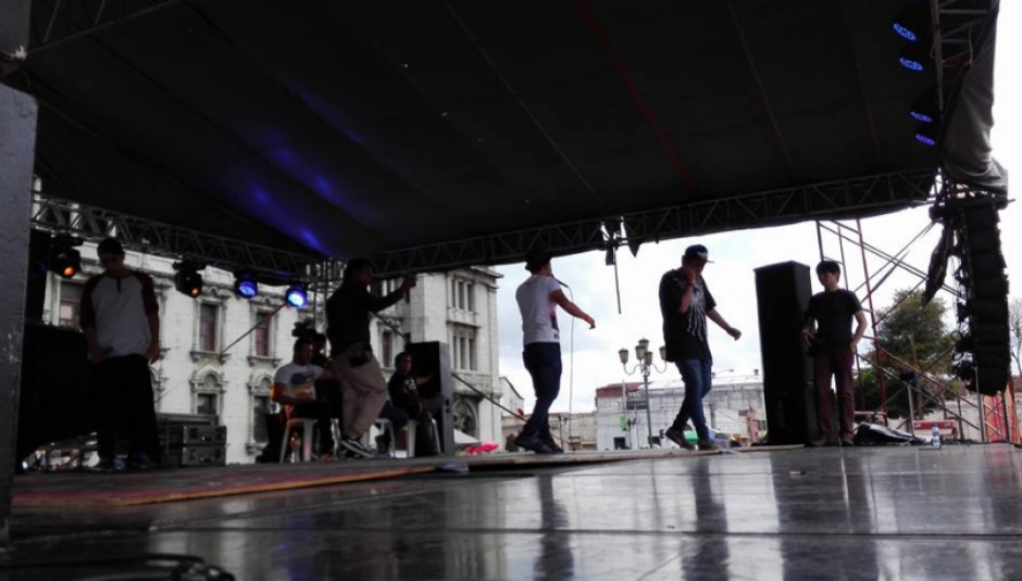 En el escenario central se desarrolló una competencia de Beat Box. (Foto: Marcia Zavala/Soy502)