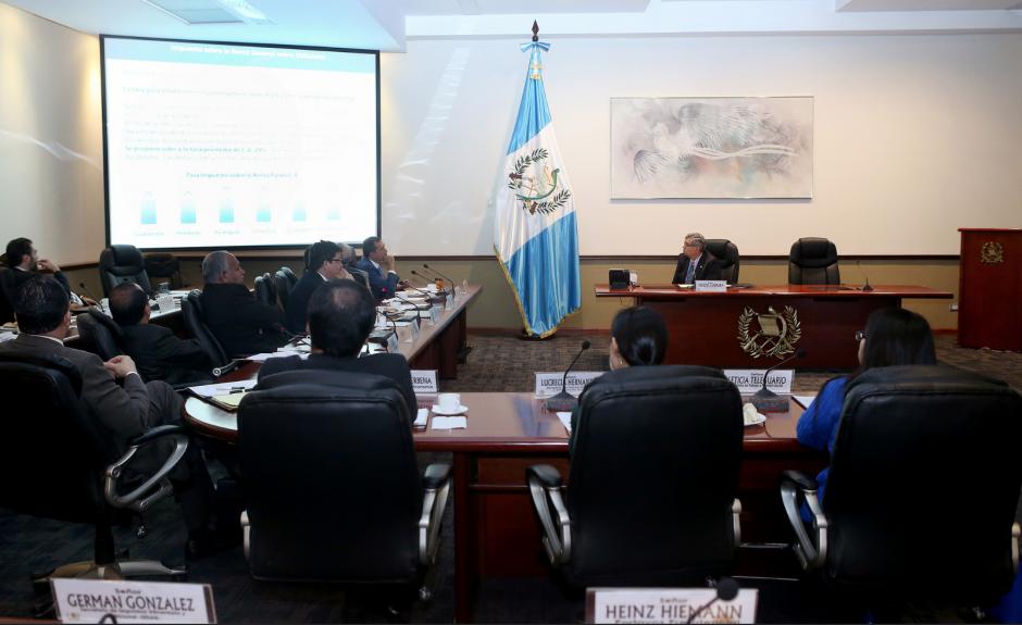 El Gabinete fue dirigido por el Vicepresidente pues Jimmy Morales está fuera del país. (Foto: Presidencia)