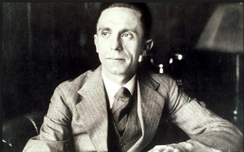 Joseph Goebbels daba órdenes a la secretaria quien guardó intimidades. (Foto: cincodays.com)