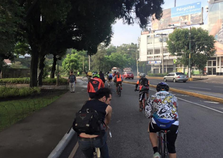 Son varios accidentes los que se registran en diferentes puntos de la ciudad. (Foto: Facebook/Bicicletas Blancas)