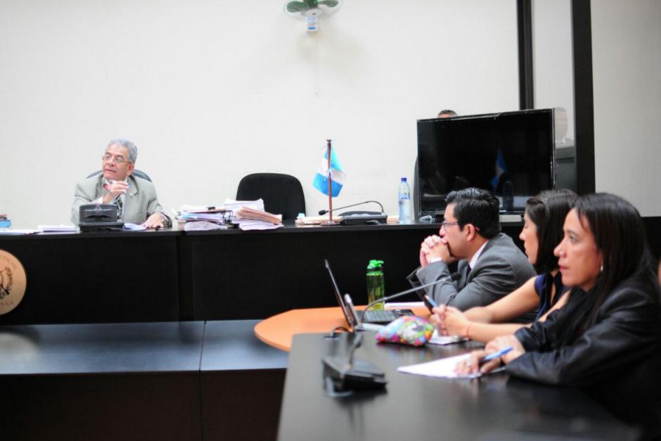 Los abogados insisten en que el juez Gálvez quede fuera del caso. (Foto: Alejandro Balán/Soy502)
