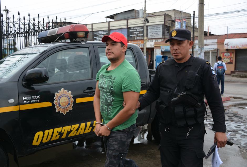 Luego de golpearla, la habría tirado al Lago de Atitlán con todo y vehículo. (Foto: Vinicio Tan/Nuestro Diario)
