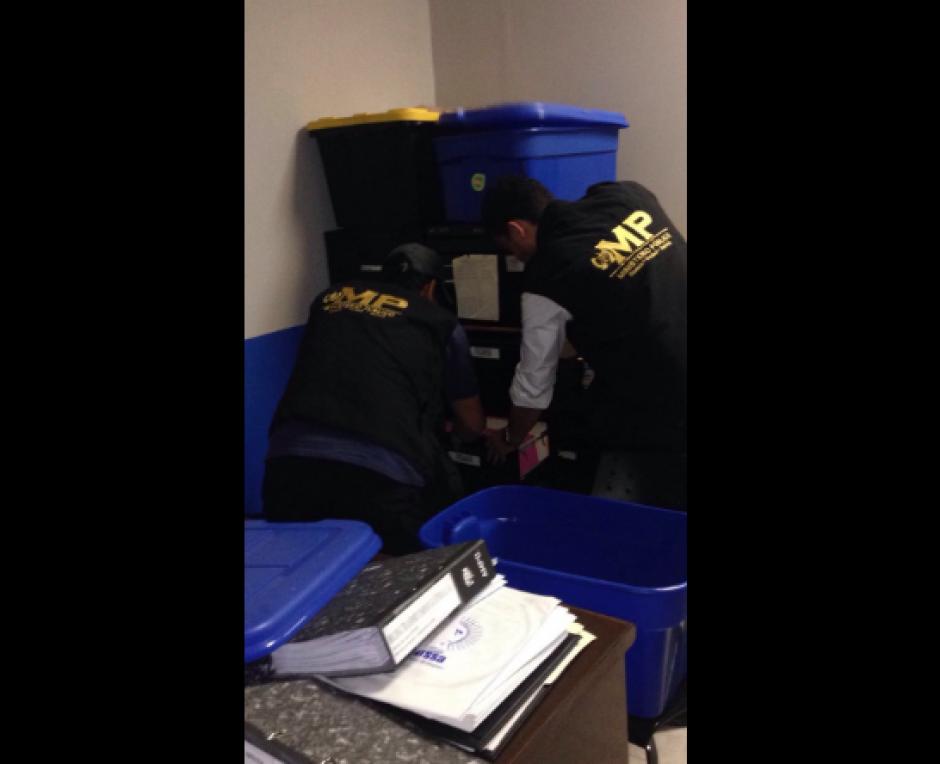 Los documentos fueron embalados para su resguardo. (Foto: MP)