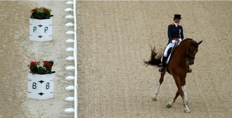 Adelinde Cornelissen y el amor por su caballo Parzival. (Foto: EFE)