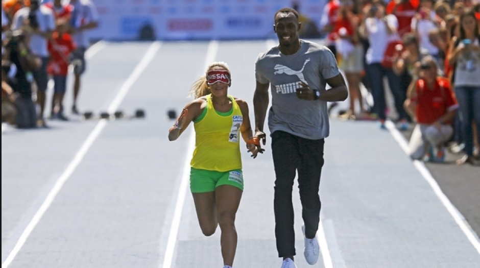 El jamaicano y Tereza corrieron 50 metros juntos (Foto: El Milenio)