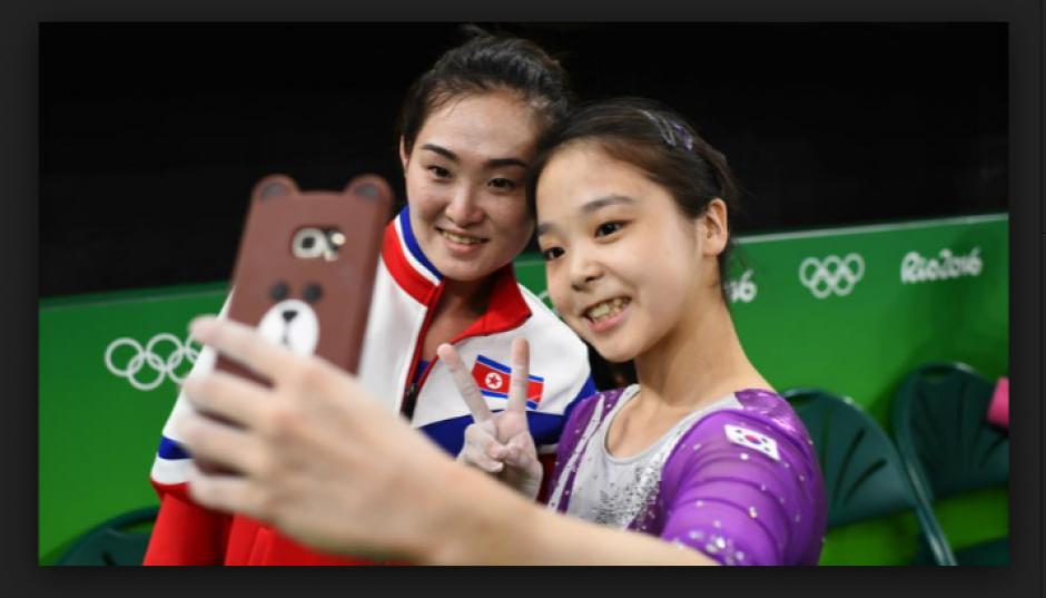 La selfie que unió a Corea del Norte y Corea del Sur.  (Foto: foxsports.com)
