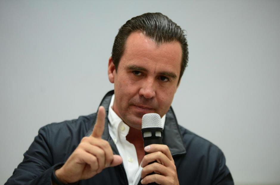 El exministro de Comunicaciones, Alejandro Sinibaldi, es uno de los prófugos que la población más solicita que sea capturado. (Foto: Archivo/Soy502)