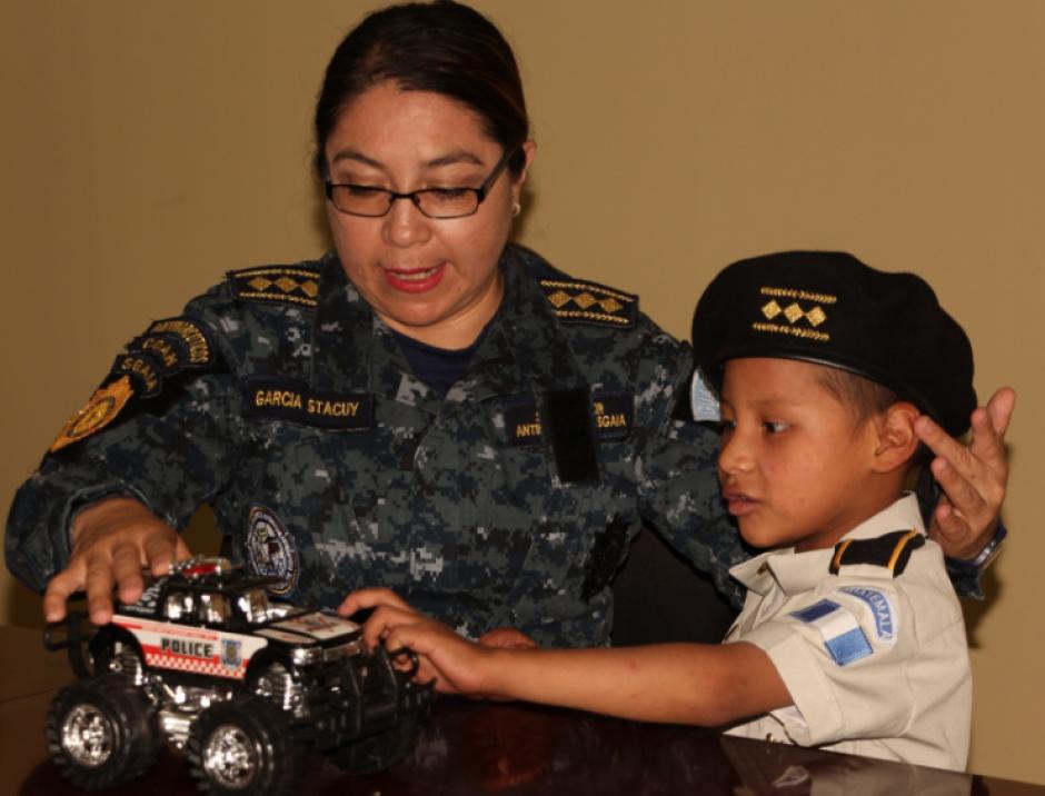 El niño viajó con su madre desde San Marcos. (Foto: PNC)