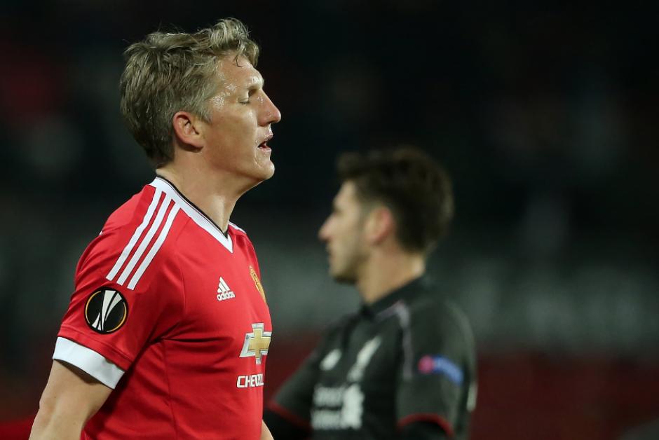 Bastian Schweinsteiger está fuera del primer equipo del United. (Foto: The Sun)