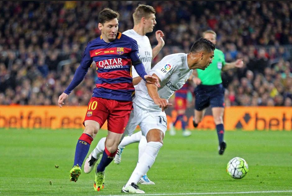 Casemiro, en una jugada con Messi en el último clásico. (Foto: Mundo Deportivo)