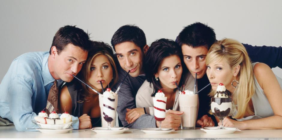 La exitosa serie Friends llevó a varios artistas al estrellato. (Foto: huffingtsonpost.com)