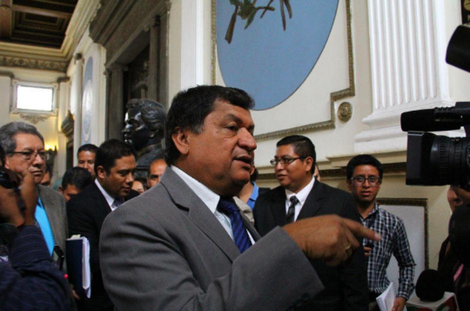 Baudilio Hichos es señalado de beneficiarse con contratos anómalos de arrendamiento del IGSS. (Foto: Archivo/Soy502)