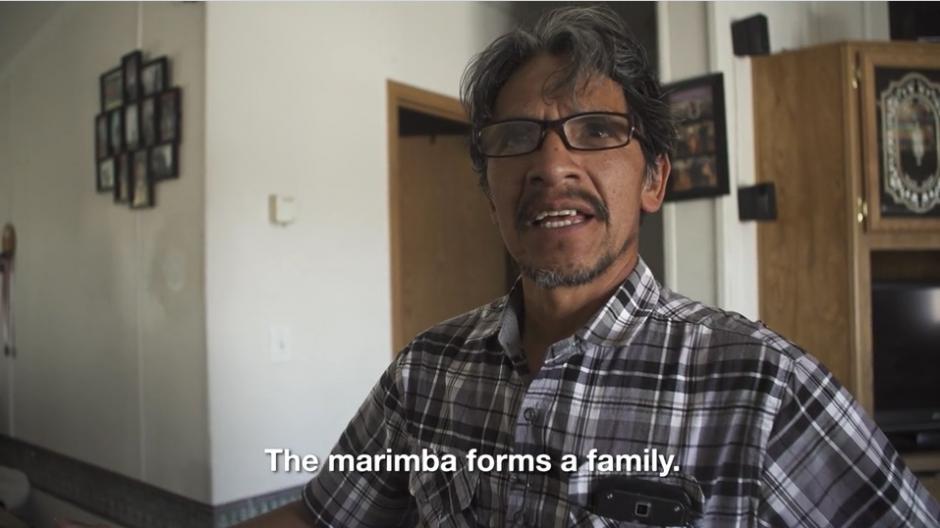 Francisco dice que la pobreza fue un factor que hizo que salieran de Guatemala en busca de un mejor futuro. (Captura Vimeo)