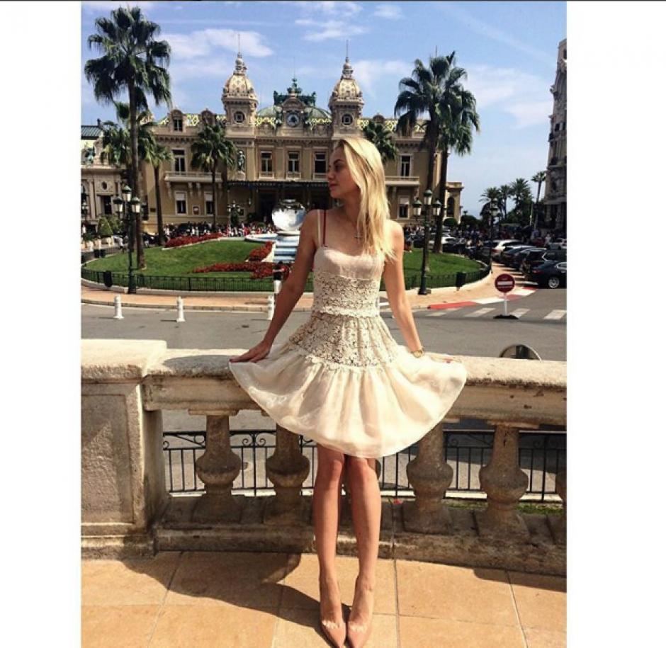 La ropa que luce Julia es de alta costura y que luce con orgullo en las redes sociales. (Foto: Instagram Julia Stajiva)