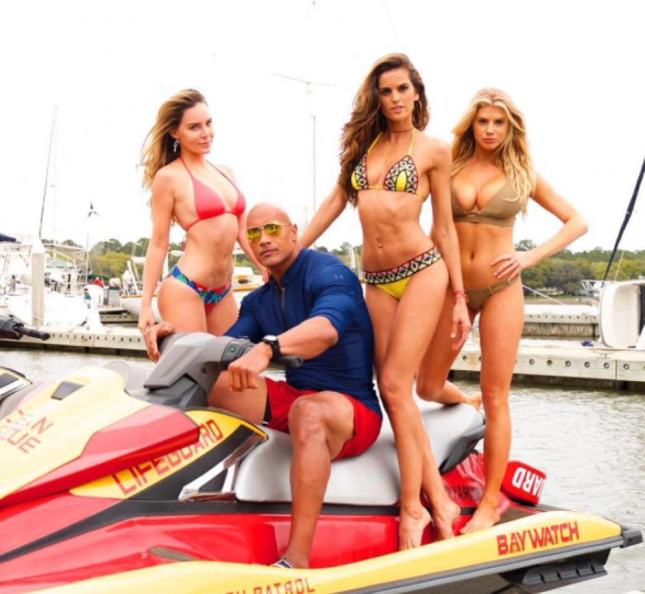 La modelo Charlotte MacKinney es parte de la película Baywatch. (Foto:Instagram)