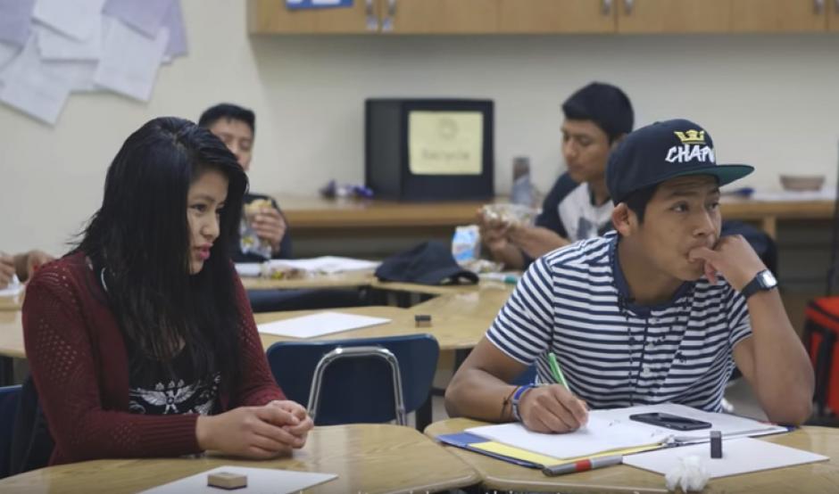 Niños y niñas migrantes asiten a la escuela en busca de un mejor futuro. (Foto: Captura de video)