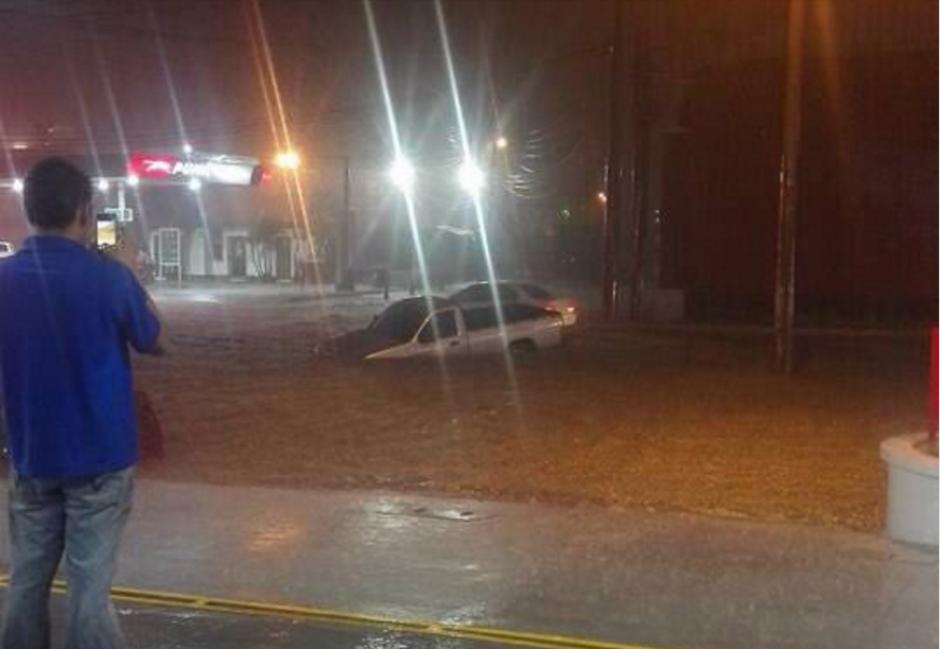 La lluvia provocó que varios municipios colapsaran. (Foto: PNC Tránsito)