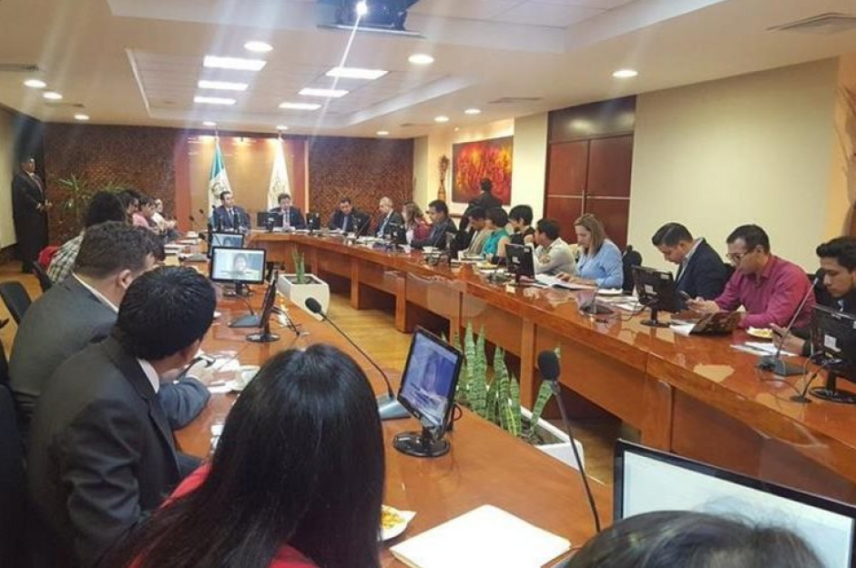 El pasado 23 de agosto se realizó la reunión en donde estuvo presente el presidente Jimmy Morales. (Foto: Twitter, @j_adonisl)