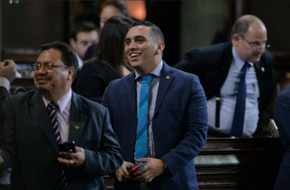 Entre los diputados que perdieron la inmunidad, figura Manuel Giordano, quien es uno de los más jóvenes en el Congreso. (Foto: Archivo/Soy502)