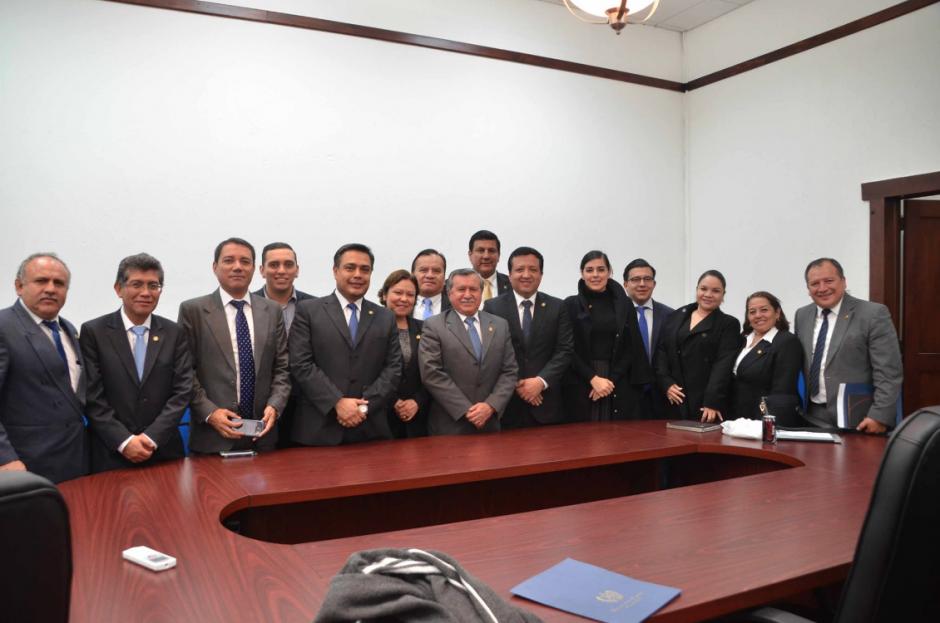 Los ocho diputados de FCN son señalados de discriminación y presiones a la Gobernadora de Alta Verapaz. (Foto: Archivo/Soy502)