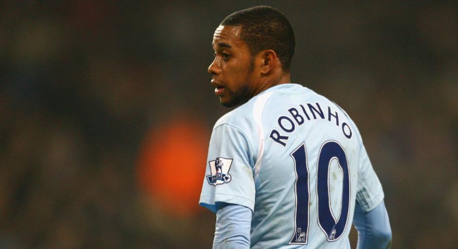 Robinho protagonizó dos traspasos millonarios de última hora en su carrera. (Foto: Independent.uk)