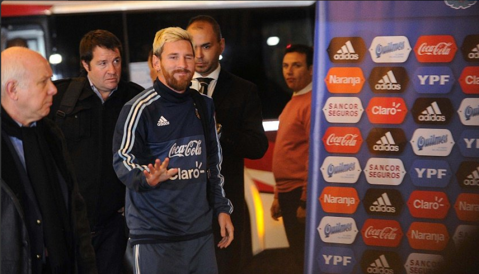El técnico argentino dijo que Messi trabajó sin problemas. (Foto: Twitter)