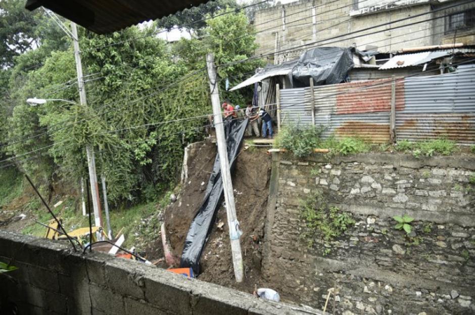 Las lluvias provocaron el colapso de una estructura. (Foto: Conred)
