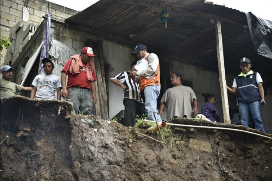 Tres casas con daño severo se reportaron. (Foto: Conred)