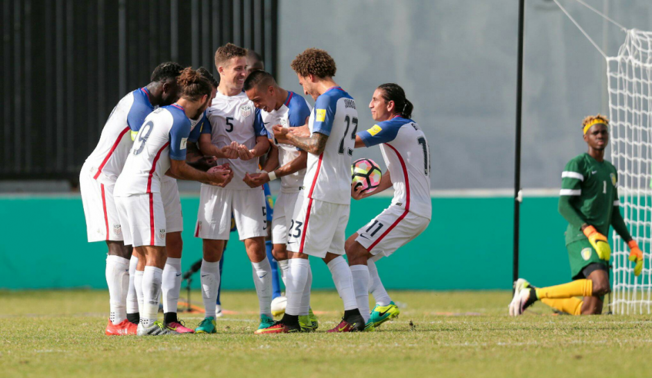 Estados Unidos puso un pie y medio en la Hexagonal. (Foto: Fox Soccer)